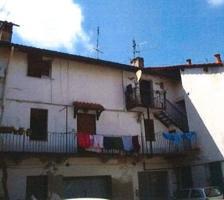 Abitazione Di Tipo Popolare - via Edmondo De Amicis n. 1 photo 0