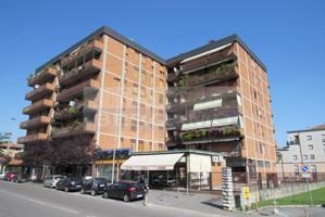 Appartamento In vendita in Via Corridoni, Bergamo, 24121, Bergamo, Bg photo 0