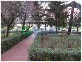 Commerciale Affitto in Viale Eroi Di Rodi, Eur Spinaceto, 00118, Roma, Rm photo 0