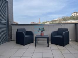 Para contrato estable, ático amueblado, con terraza de 30 m2. El precio incluye garaje cerrado en la misma casa, con acceso directo. photo 0