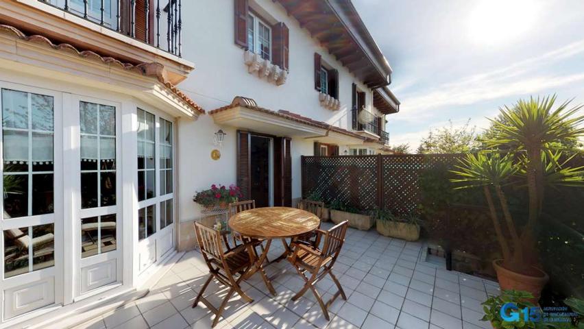 Preciosa villa adosada en Aiete photo 0