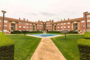 Piso En venta en Las Villas, Valladolid photo 0