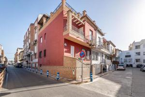 Casa En venta en Calle Toril, 28, Buena Zona, Churriana De La Vega photo 0