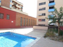 Impresionante piso para reestrenar con piscina y parking en Poble Sec por 210.000 Eur photo 0