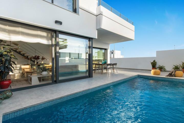 Chalet independiente con piscina privada en Dolores photo 0