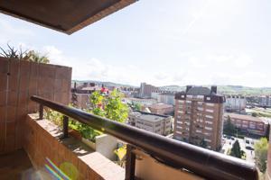 9º PISO EN EL CENTRO DE TORRELAVEGA CON GARAJE photo 0