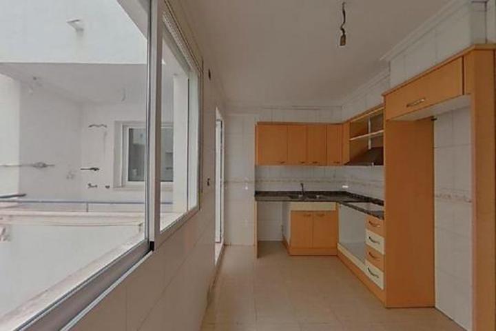 Precioso piso de 3 dormitorios con terraza. Parquing y trastero incluidos. Gran oportunidad! photo 0