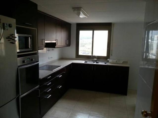 Piso de 120 m2 con 3 dormitorios y 2 baños nuevo a estrenar. photo 0