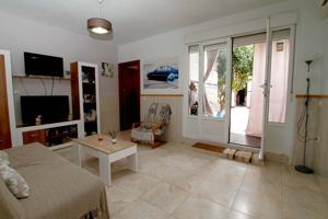 Acogedora casa en Calamonte. photo 0