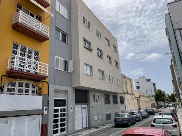 Piso en Venta en calle Matias Padron(Zona Arenales) photo 0