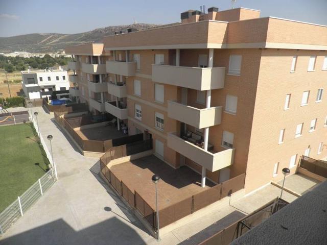 Piso obra nueva. Terraza. 3 dormitorios. garaje y trastero photo 0