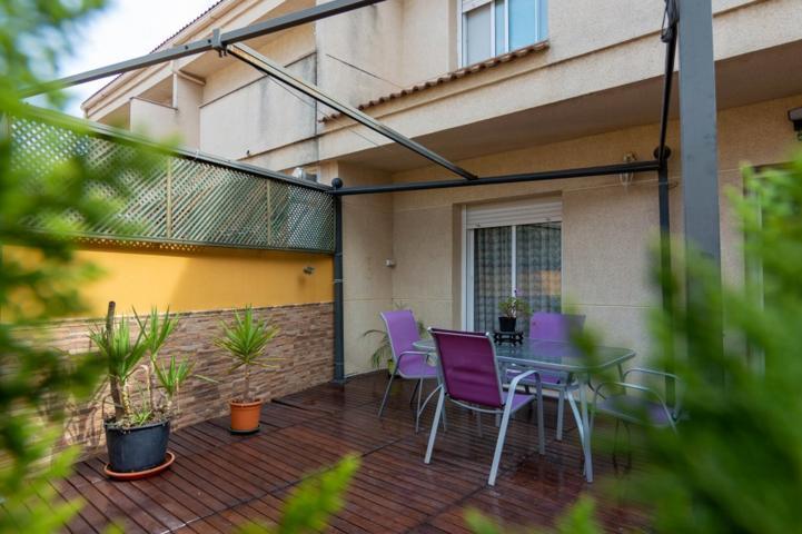 Pisos Y Casas A La Venta En Carrer De Les Argelines Olesa De