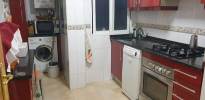 Se vende piso en Torrejón de Ardoz en zona Veredillas con 3 dormitorios. Piso con ascensor. photo 0