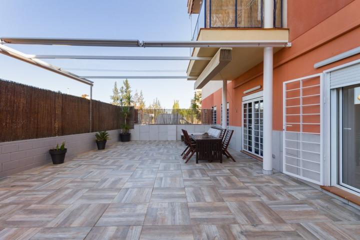 Venta de piso con terraza en Ribarroja del Turia photo 0