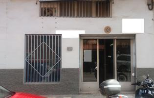 VENTA LOCAL COMERCIAL DE 123 M2 DE SUPERFICIE CON OFICINAS Y ASEO photo 0