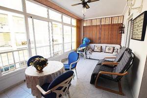 Apartamento con amplia terraza, garaje y trastero cerca del mar photo 0