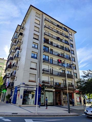 Piso En venta en Calle Nagusia, Lasarte-Oria photo 0