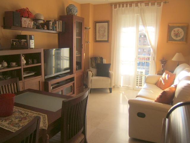 apartamento exterior con vistas despejadas y garaje, amueblado. photo 0