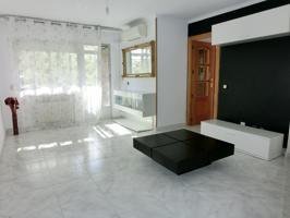 El Val. Se alquila estupendo piso de 3 habitaciones con calefacción central. photo 0