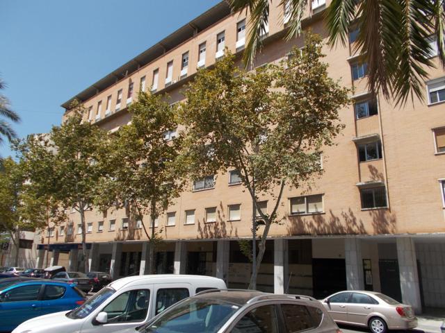 Piso En venta en Calle Doctor Rubio, Huelva Capital photo 0