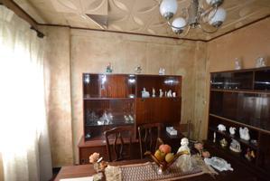 Planta 3ª sin ascensor de 3 dormitorios, 1 baño, salón-comedor y cocina. Exterior, necesita reforma. photo 0