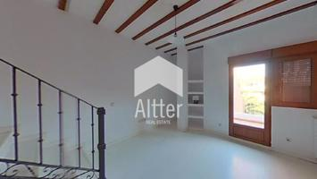 ALTTER VENDE: Activo Bancario: Piso duplex de 118m photo 0