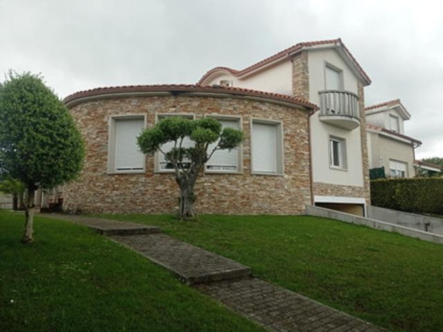 Casa En venta en O Pereiro De Aguiar photo 0
