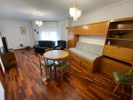 ¡Oportunidad inmejorable! Apartamento reformado en el centro de Haro. photo 0