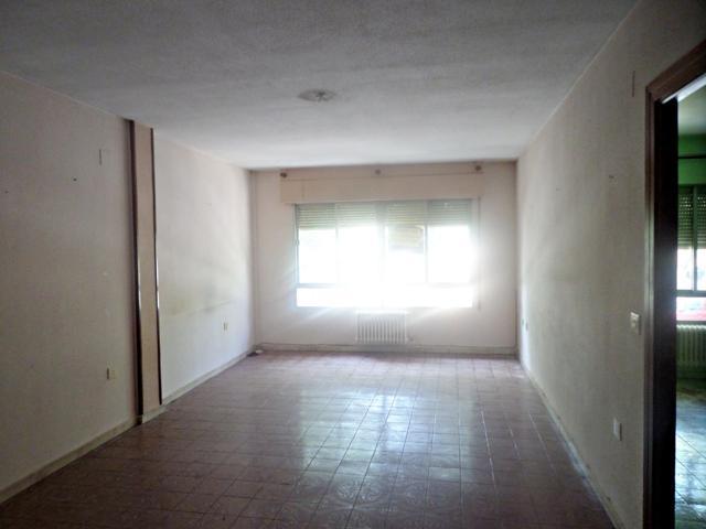 Pisos Y Casas A La Venta En Avenida Don Antonio Huertas Tomelloso
