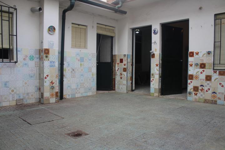 Piso en planta baja de 3 dormitorios, 1 baño. Pleno centro. photo 0