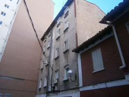 Piso En venta en Calle Fuentecillas, Burgos Capital photo 0