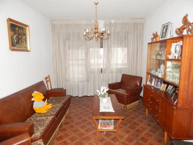 BARRIADA JUAN XXIII: Fantástica vivienda totalmente exterior para reformar photo 0