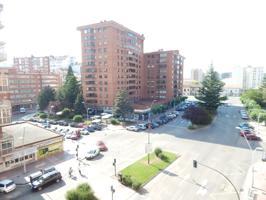 AVENIDA DE LOS DERECHOS HUMANOS: Fantástica vivienda, en uno de los edificios más demandados photo 0