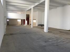 Nave de 339 m2 + sótano de 120 m2 + 8 garajes ( rayas) en Ibai- Ondo ( Irura ) photo 0