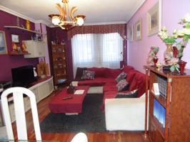 Piso en venta en Barrio de Santiago, 3 dormitorios. photo 0