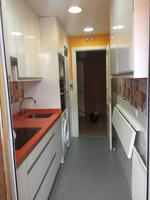 se alquila, precioso piso, disponible a partir del 01-08-2020, sin muebles, tiene 89 M2. 2 habitaciones, 2 baños, 2 terrazas, garaje y trastero incluido en el precio. photo 0