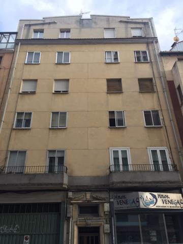 Amplio piso de 80 metros para reformar a su gusto en pleno centro de Burgos. photo 0