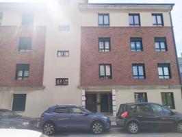 Piso de 2 dormitorios en Tremañes, Gijón photo 0