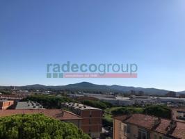 Appartamento In vendita in Via Luigi Cocchella, Colline, 57121, Livorno, Li photo 0
