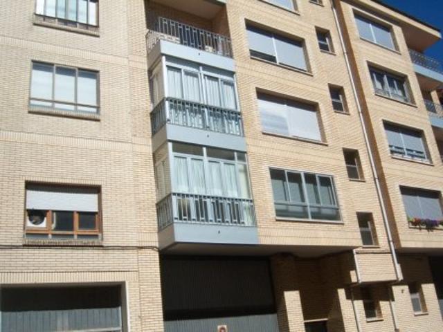 Piso En venta en Calle Venerable Carabantes, Soria Capital photo 0