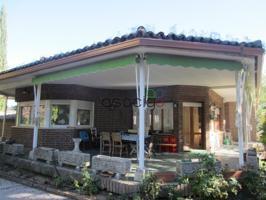 Superf. 443 m², 2236 m² solar, 6 habitaciones (5 dobles,  1 individual), esquina, urbanizado, cocina (49 MTS AMUEBLADA-ELECT.), lavadero, comedor (60 M2), terraza photo 0