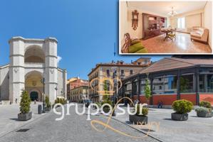 Bonito piso en la calle de San Benito, frente a la iglesia de San Benito y junto al mercado del Val en pleno centro de Valladolid. photo 0