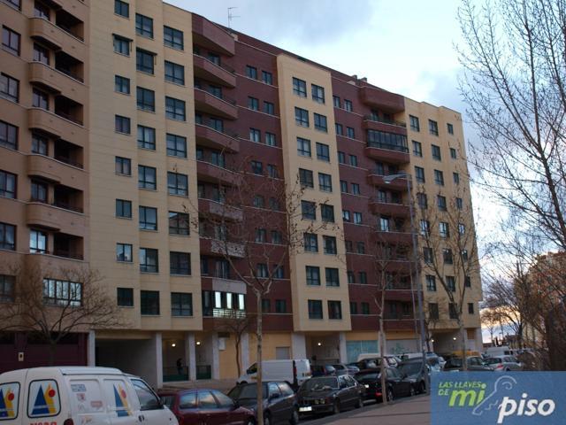 Piso En venta en Calle Juan Garcia Hortelano, Valladolid Capital photo 0