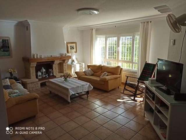 Casa En venta en Carbajosa De La Sagrada photo 0