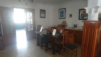 Casa En venta en Dos Hermanas photo 0