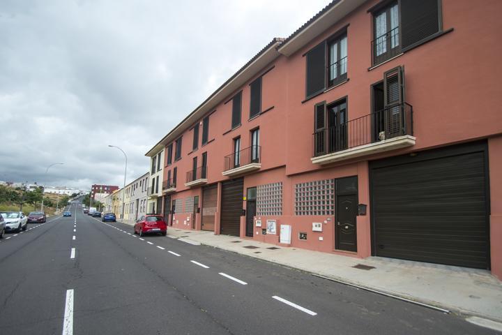 Casa En venta en Calle Del Siroco, Alisios, Santa Cruz De Tenerife Capital photo 0
