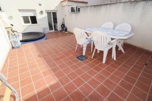 Piso en venta en Numancia de la Sagra con 2 habitaciones y patio de 30m2 photo 0