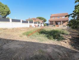 Casa independiente en venta en Ugena con 1180m2 de parcela photo 0