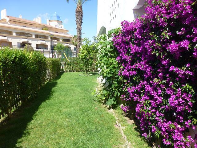 Adosado en venta en Costa Ballena, Rota. Paraíso VIP Playa Golf. Excelentes vistas al golf. Amueblado y Equipado.  photo 0