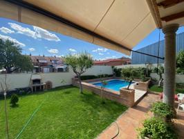 Casa En venta en Burguillos De Toledo photo 0